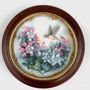 Vtg Lena Liu Crimson Blush 3D Plate Hummingbird